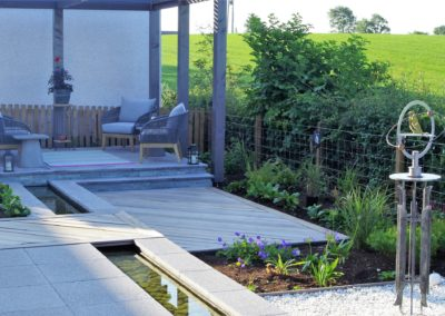 garden roofed paving and decking